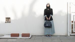 خلف العباءة..هذه المرأة السعودية تعكس ما لا نعرفه