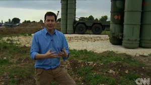 مراسل CNN ماثيو تشانس في قاعدة حميميم باللاذقية