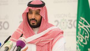 """تصريحات محمد بن سلمان حول """"قيادة المرأة"""" تثير جدلاً واسعاً.. ووسمان متناقضان يجتاحان تويتر"""