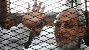 مصر: خفض الإعدام عن 492 وتثبيته على 37 وإحالة 683 للمفتي بينهم مرشد الإخوان