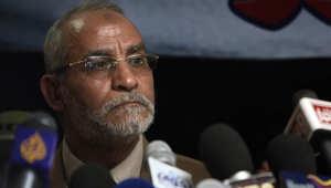 نجل مرسي ينقل عن مرشد الإخوان: لا أنكص عن الحق بو أعدموني ألف مرة