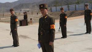 صور ارشيفية لجنود كوريين شماليين
