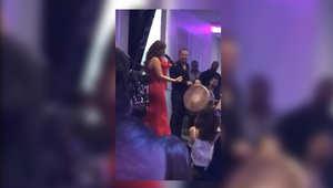 صورة من فيديو تم تداوله على يوتيوب لحفلة نجوى كرم في استراليا