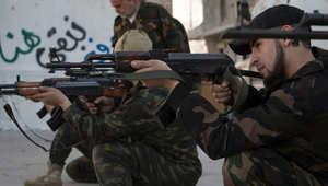 """معارك على طريق إمداد حيوي لقوات الأسد نحو حلب.. وتركيا تعتبر التدخل البري مع السعودية """"غير مطروح"""""""