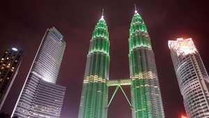ماليزيا: ظروف الاقتصاد وتراجع الأسواق المالية يهدد مشروع أكبر مصرف إسلامي بالعالم