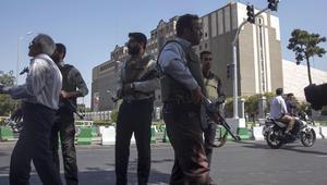 حصيلة قتلى طهران ترتفع إلى 17 وخامنئي يشيد بالقتال في خارج إيران