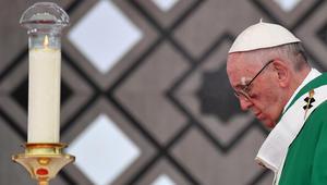 رسالة من شخصيات كاثوليكية محافظة: البابا ينشر البدع
