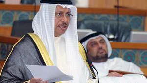 رئيس الوزراء الكويتي الشيخ جابر مبارك الصباح خلال جلسة عاصفة للبرلمان اتهمت فيها المعارضة مسؤولين بسرقة عشرات مليارات الدولارات من المال العام