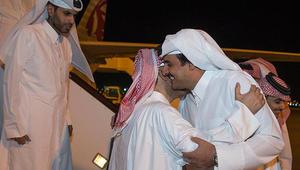 شاهد.. لحظة وصول قطريين احتجزوا بالعراق إلى مطار الدوحة