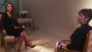 الملكة رانيا أثناء الإعداد للقائها مع بيكي أندرسون
