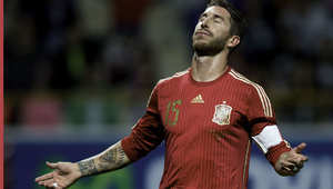بيكيه يهدي إسبانيا فوزا ثمينا على التشيك
