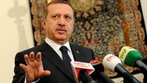 """أردوغان يؤدي العمرة في مكة ويزور المسجد النبوي قبل الاجتماع بالملك سلمان.. ولقاء السيسي """"خارج الأجندة"""""""