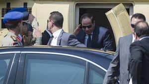 السيسي في طريقه لأداء اليمين الدستوري