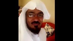 الداعية السعودي سلمان العودة يتصل بنجله من سجن ذهبان.. وهذا ما قاله له