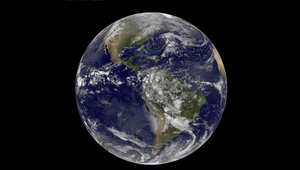 صورة للأرض التقطها القمر الصناعي GEOS
