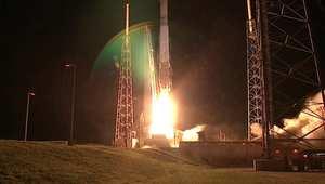 شاهد لحظة إنطلاق صاروخ أطلس 5 إلى الفضاء