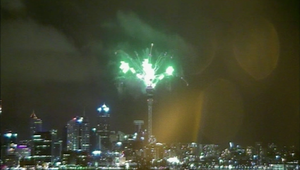 نيوزيلندا تحتفل بالعام الجديد