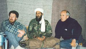 بالصور.. لقطات نادرة لزعيم تنظيم القاعدة السابق أسامة بن لادن