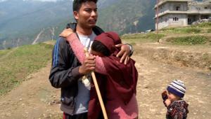 بالفيديو من النيبال.. حيث الحياة تبدلت للأبد ابتلعت الأرض ذكريات البشر