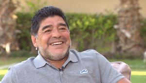 مارادونا لـCNN: ميسي أفضل من رونالدو ولكن أهدافي أجمل