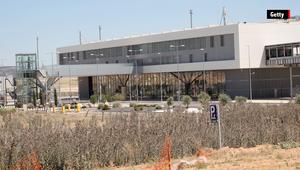 مطار الأشباح.. تكلف الملايين وبيع بـ11 آلف دولار