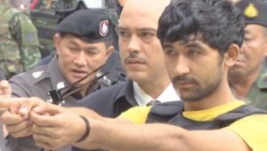 بالفيديو.. مشتبه بتفجير بانكوك يصف للشرطة تحركاته ليلة الهجوم