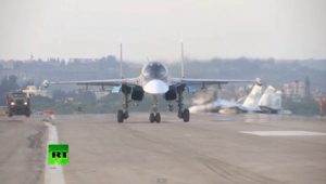 """روسيا تزيد قواتها في سوريا و""""تنتهك"""" فضاء تركيا لمرتين"""