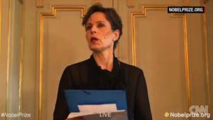 """بالفيديو.. """"البيلاروسيةسيتلانا أليكسيوفيتش تفوز بجائزة نوبل للآداب"""""""