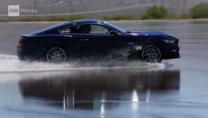 بالفيديو.. اختبارات سيارات فورد في صحراء أريزونا الحارقة