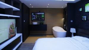 تعرّف إلى أبرز الحلول الذكية في المنازل..من التحكم الأمني وصولاً إلى ضبط الحرارة عن بعد