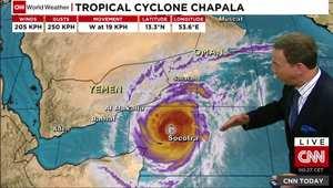 إعصار تشابالا غير الاعتيادي يتجه لليمن وعُمان