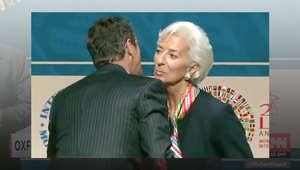 تعلم أصولالايتيكيت وتبادل القبلات أثناء المصافحة