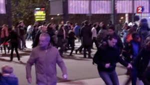 بالفيديو.. تدافع جماهير مباراة فرنسا وألمانيا بعد التفجيرات خارج الاستاد في باريس