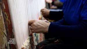 بالفيديو: تعرّف كيف يُصنع السجاد الأرميني يدوياً