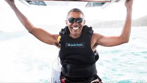 بعد فترتين رئاسيتين.. لن تصدق ما يقوم به أوباما في إجازته!