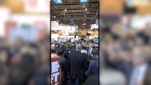 مرشح لرئاسة فرنسا يتفاجأ بـ