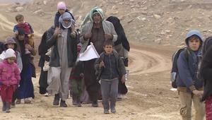 عشرات آلاف العراقيين يفرون من غرب الموصل