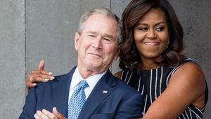 ما فرقته السياسة جمعته الفكاهة.. صداقة غير متوقعة بين ميشيل أوباما وجورج بوش