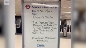 شاهد.. مترو أنفاق لندن يعج برسائل مؤثرة بعد هجوم البرلمان
