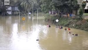 الفيضانات تقتل 200 شخص في سيرلانكا