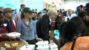ترامب وميلانيا يقدمان الطعام لضحايا إعصار هارفي في هيوستن
