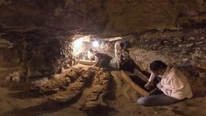 بتقنية 360 درجة.. جولة داخل قبر مصري يعود إلى 3500 عام