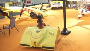 فقط لدى الدفاع المدني في دبي.. روبوت إطفاء ذكي!