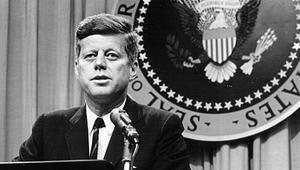 ترامب يسمح بنشر وثائق تتعلق باغتيال كينيدي.. ما الذي تحتويه؟