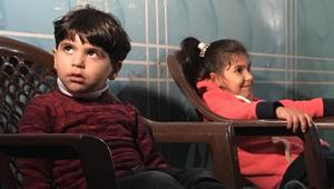 شاهد.. مرضى وأطفال من عمر الحرب يدفعون ثمن حصار غزة