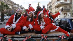 هكذا احتفل الناس بعيد الميلاد حول العالم!