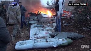 شاهد.. إسقاط طائرة حربية روسية في ســوريا
