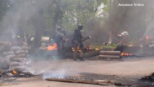 اشتباكات دامية اندلعت بعيد تحرك القوات الأوكرانية لاستعادة الهدوء في مدن استولى عليها انفصاليين.