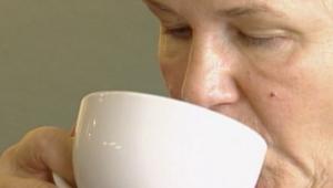 كوب قهوة يومياً.. يقوي النظر ويحمي الشبكية