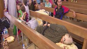 المئات من المسيحيين العراقيين تقطعت بهم السبل بعدما فروا من اضطهاد داعش